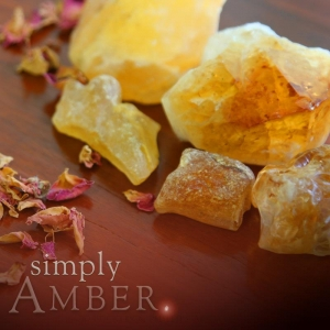 AMBER SOY JAR CANDLE