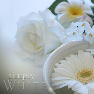 WHITE SOY JAR CANDLE