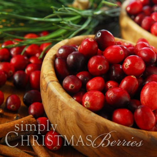 CHRISTMAS BERRIES SOY JAR CANDLE